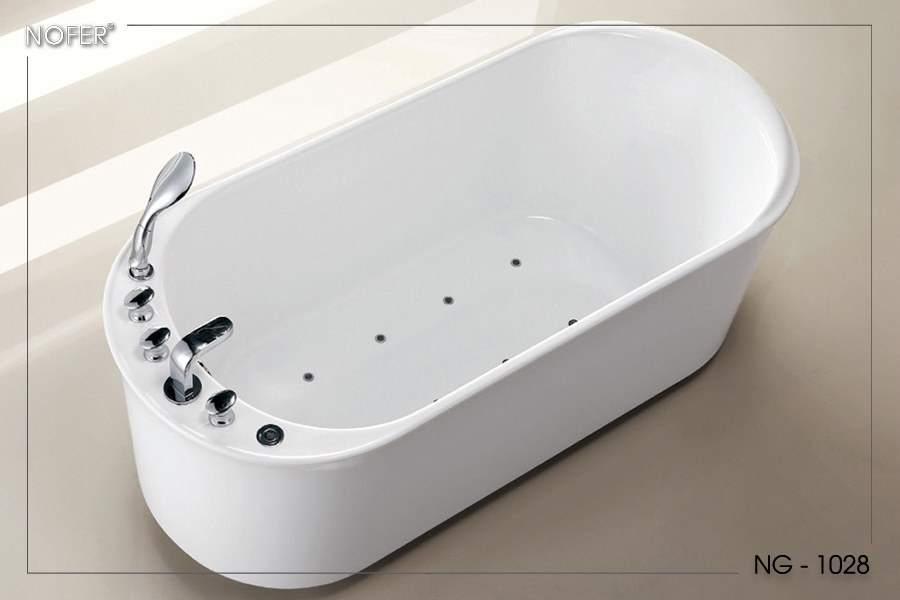 Bên trong bồn tắm NG-1028PP