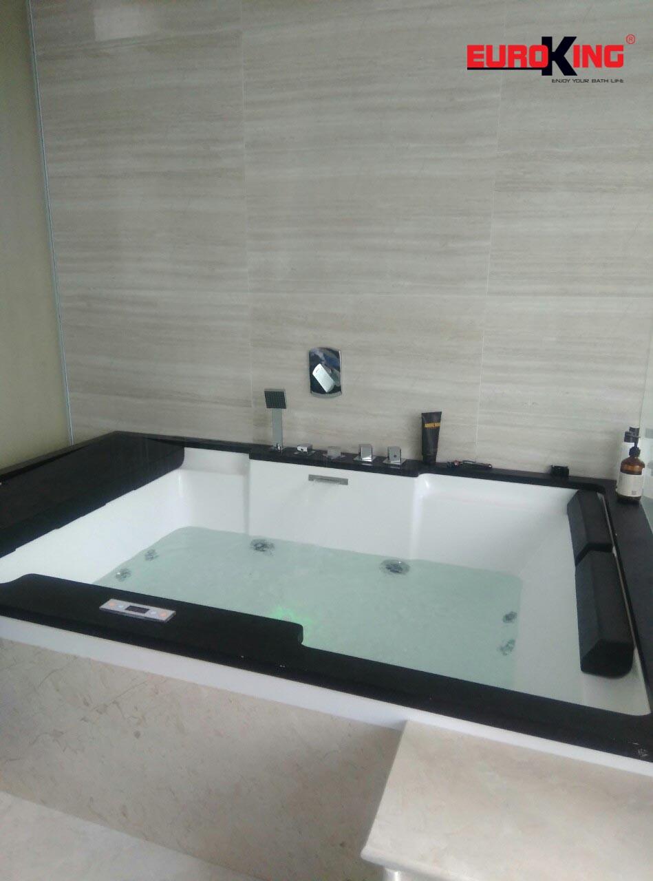 Bồn tắm massage EU-1101C