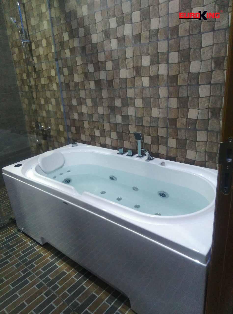 Bồn tắm massage EU-1201