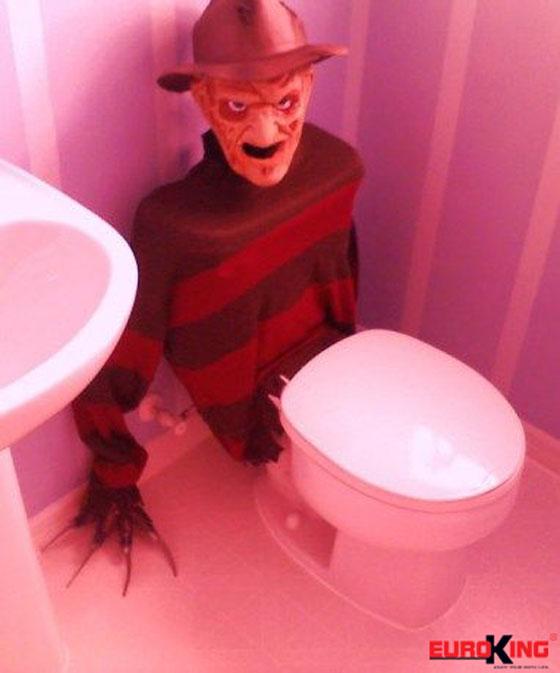Những ý tưởng trang trí phòng tắm mùa Halloween độc đáo