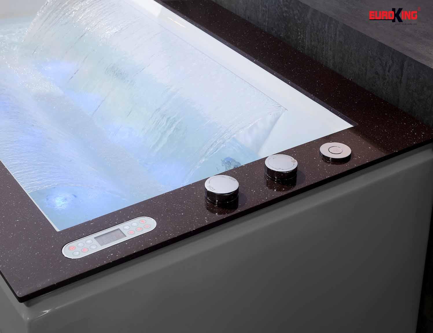 Hệ thống vòi sen trên thành bồn tắm massage EU-1505