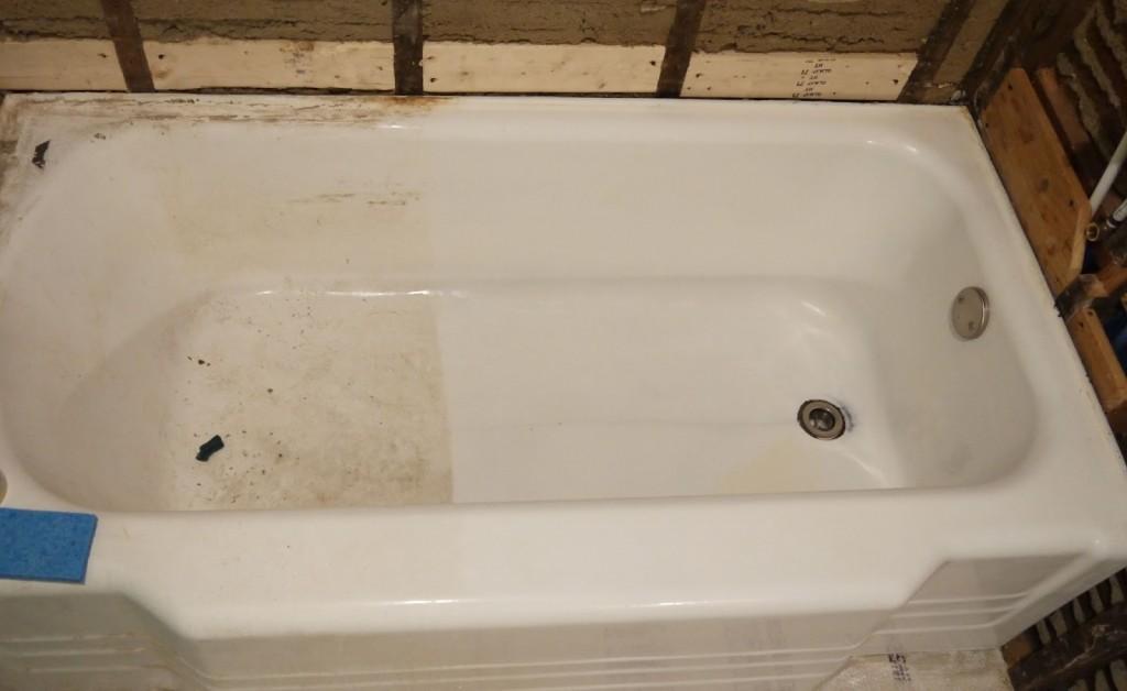 Bồn tắm ố vàng sẽ gây ảnh hưởng đến sức khỏe của người sử dụng