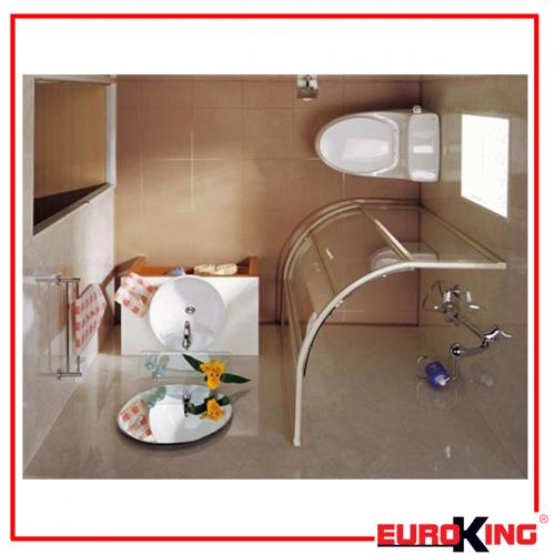 Cản gió độc, không làm nước bắn ra sàn, giữ sự riêng tư,... là những tính năng tuyệt vời của phòng tắm vách kính cửa lùa