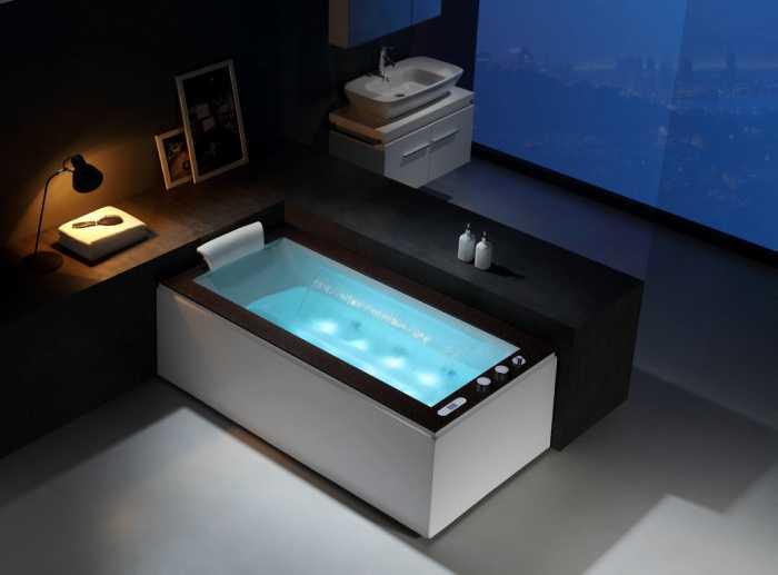 Bồn tắm massage có thiết kế thác nước