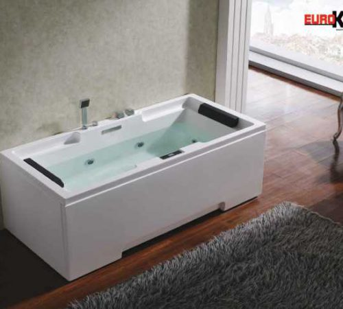 Bồn tắm massage dành cho người bị xương khớp