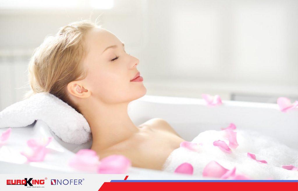 Liệu pháp thư giãn bằng bồn tắm massage