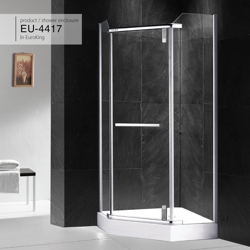 Sử dụng bồn tắm đứng sao cho đúng cách